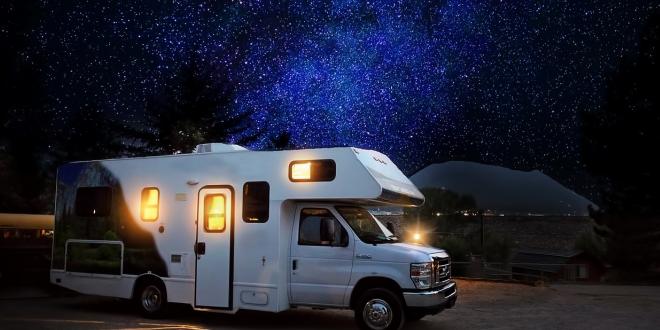 Sternenhimmel 660x330 - Öko-Camping-Index: Hier ist Camping günstig und nachhaltig